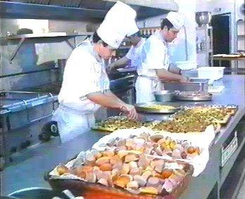 Salud y prevencion fichas prevencion ayudante cocina for Ayudante cocina